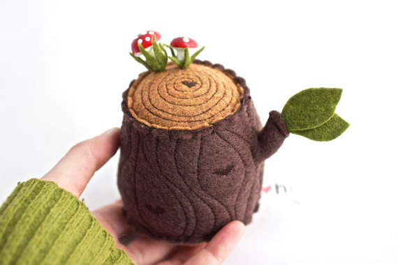 tree stump pincushion
