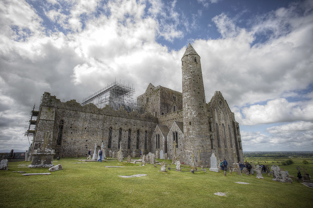 Rock of Cashel, Cashel Ireland - Ireland Travelasics Guide.