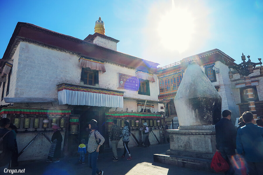 2015.12.09 | Tibet 西藏踢北去 | 尋找藏人真正的拉薩中心,被信仰力量震撼的大昭寺與舊城區 24.jpg