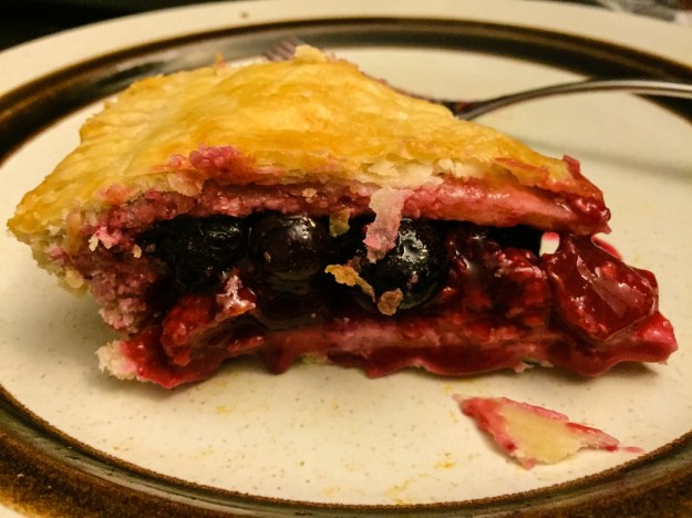 Ooey Gooey Berry Pie