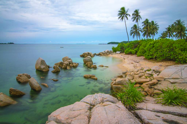 Pantai Trikora_02