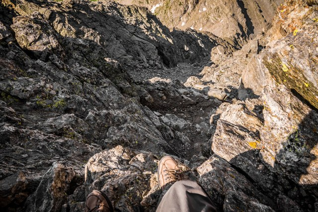 Into Nothingness - The Quick Way Down from South Arapaho Peak