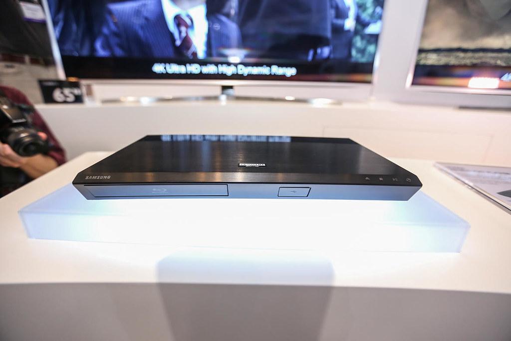Samsung-UHD-Blu-ray-b