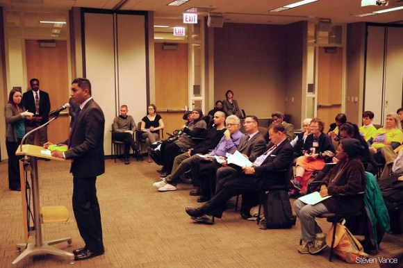 Alder Ameya Pawar (47th) asking the board to reinstate the 11-Lincoln Ave bus