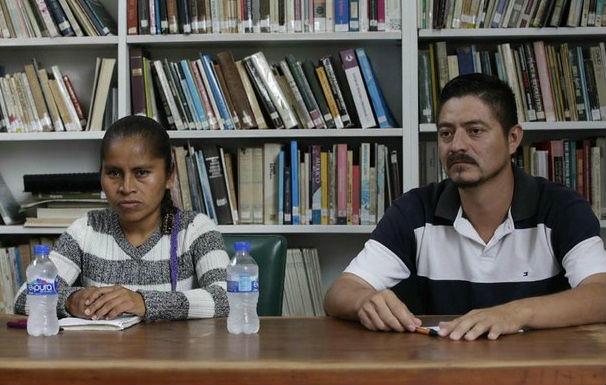 Llama Nestora Salgado a luchar por libertad de presos políticos