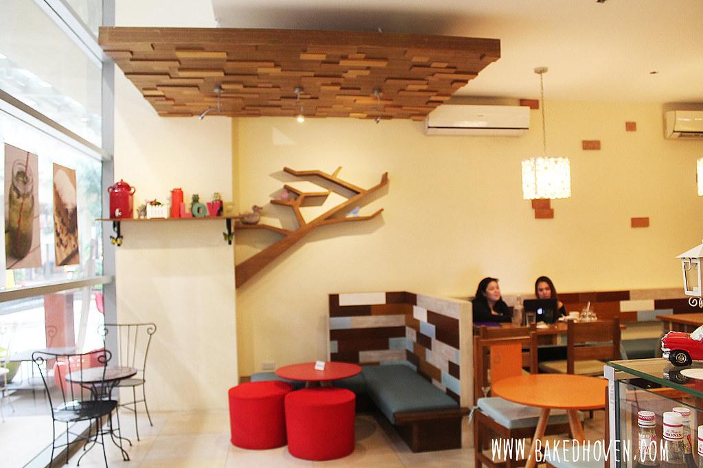 Kats Cafe13