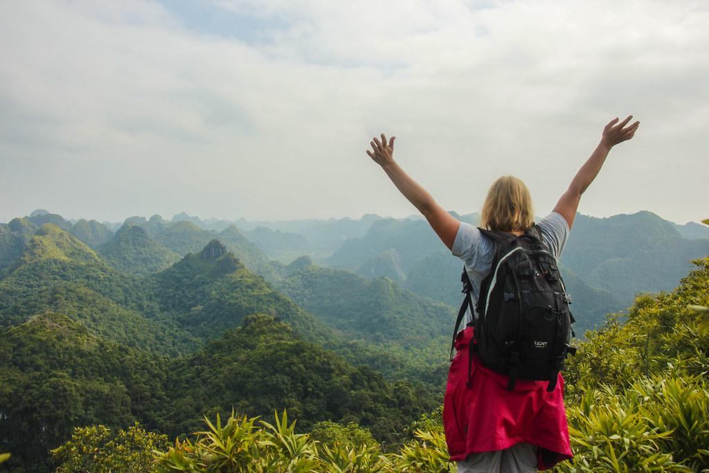 trekking på Cat Ba island, Vietnam