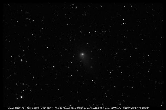Cometa 2013 X1 30 11 2015