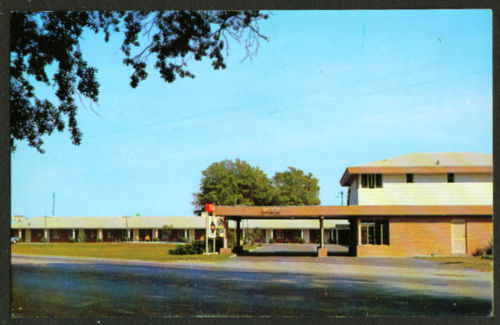 Featherbed Motel Turbeville front