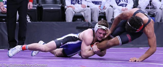 152 - Brady Berge (Kasson-Mantorville) over Anthony Jackson (Simley) TF 25-10