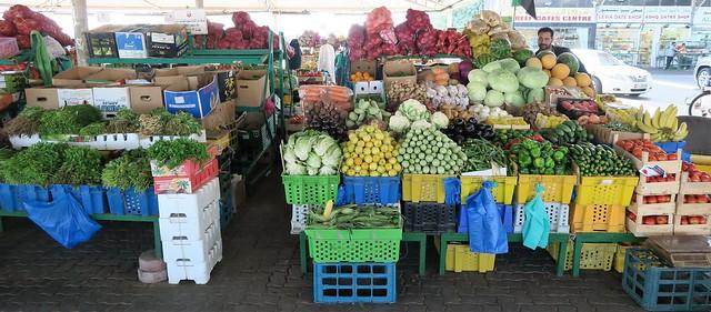 souk vegetables abu dhabi