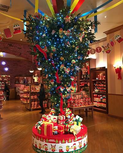 逆さクリスマスツリー