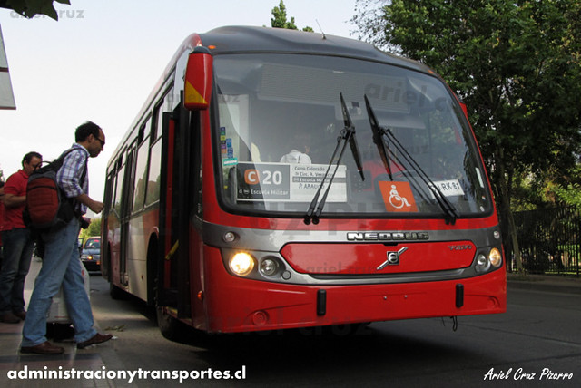 Transantiago - Redbus Urbano - Neobus Mega BRT / Volvo (CJRK81) (343)