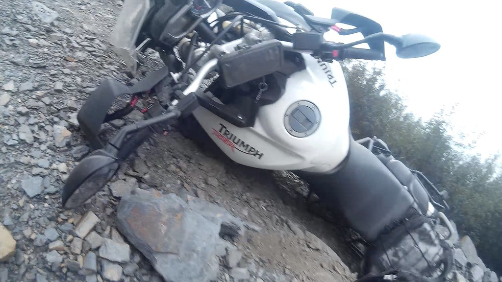Trail Guadalajara caída Triumph Tiger 800 12/2015