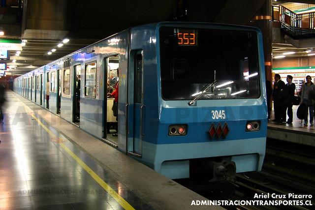 Metro de Santiago - Alsthom NS74 P3045 - Baquedano (Línea 5)