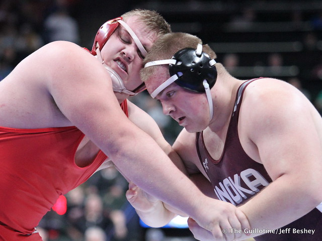 285AAA - Semifinal - Brandon Frankfurth (Anoka) 35-7 won by decision over Brady Reigstad (Willmar) 38-3 (Dec 3-1)