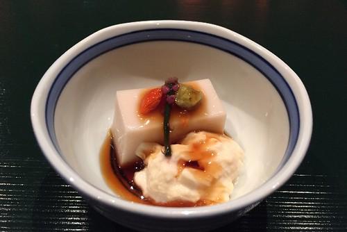 胡麻豆腐に、生湯葉ですね!