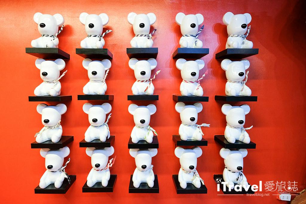 《芭堤雅景点推介》泰迪熊博物馆:亲子合影同欢好去处