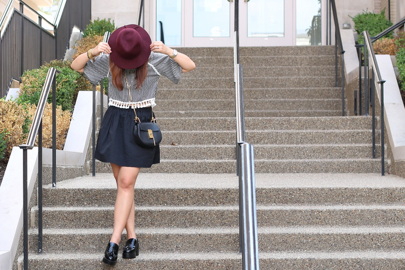 floppy-hat-skirt-loafers-9