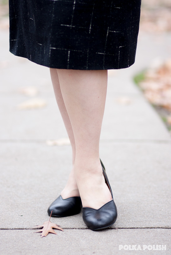 Royal Vintage Shoes classic 1940s style Marilyn pumps in black