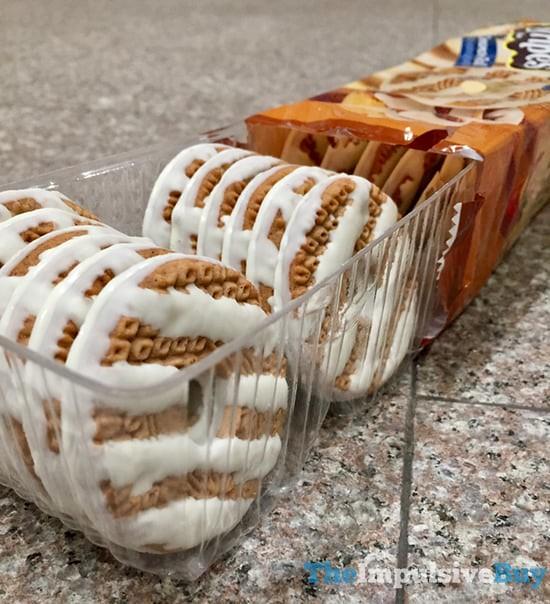 Keebler Limited Batch Cinnamon Roll Fudge Stripes Cookies 2