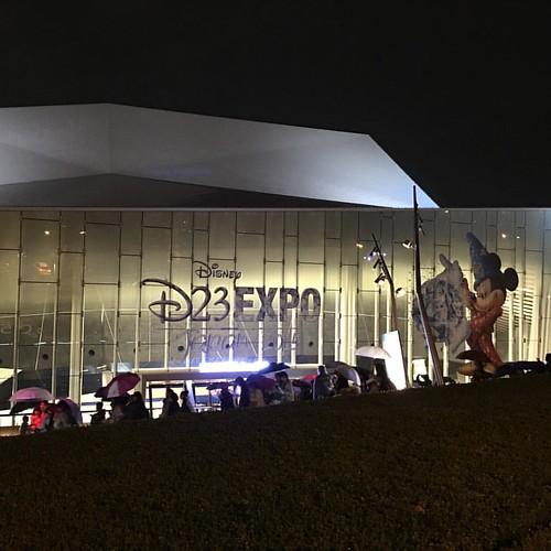 劇団四季による、二度と再現できないほどの豪華な舞台を披露し、D23 Expo Japan 2015が終了しました。 #tw