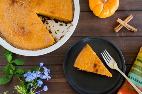 a slice of pumpkin pie brûlée