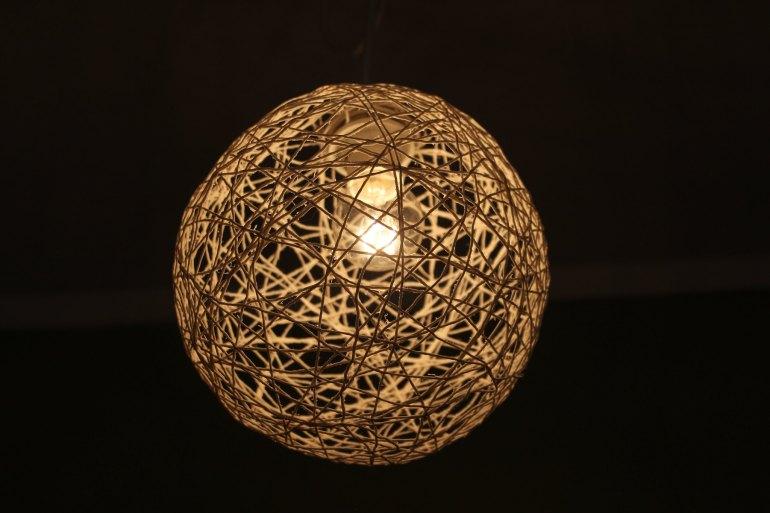 Yarn lamp