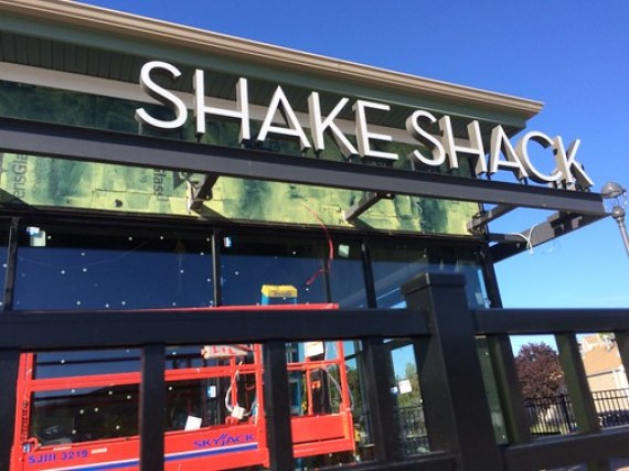 Shake Shack - Woodbury Common Premium Outlets Store