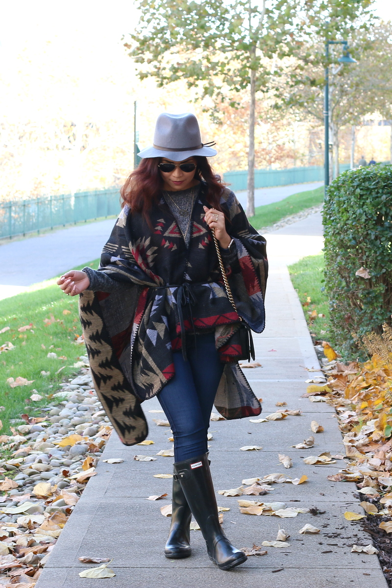 Fall-outfit-poncho-belted-5c