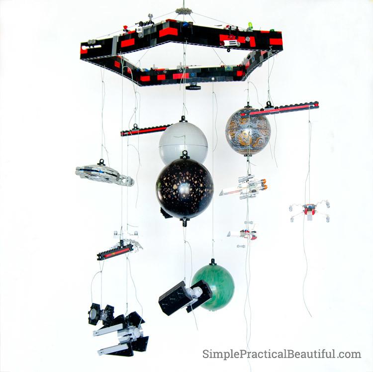 lego-mobile-strings