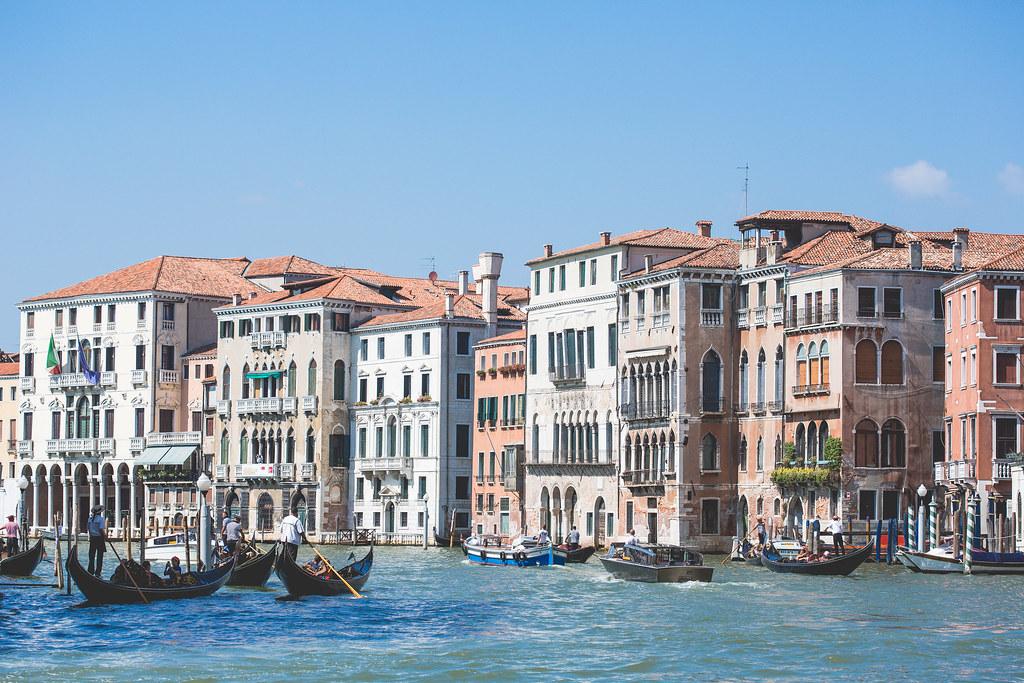 Imagen gratis de las casas en los canales de venecia