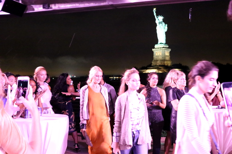 NYFW-Cruise-fashion-show-11