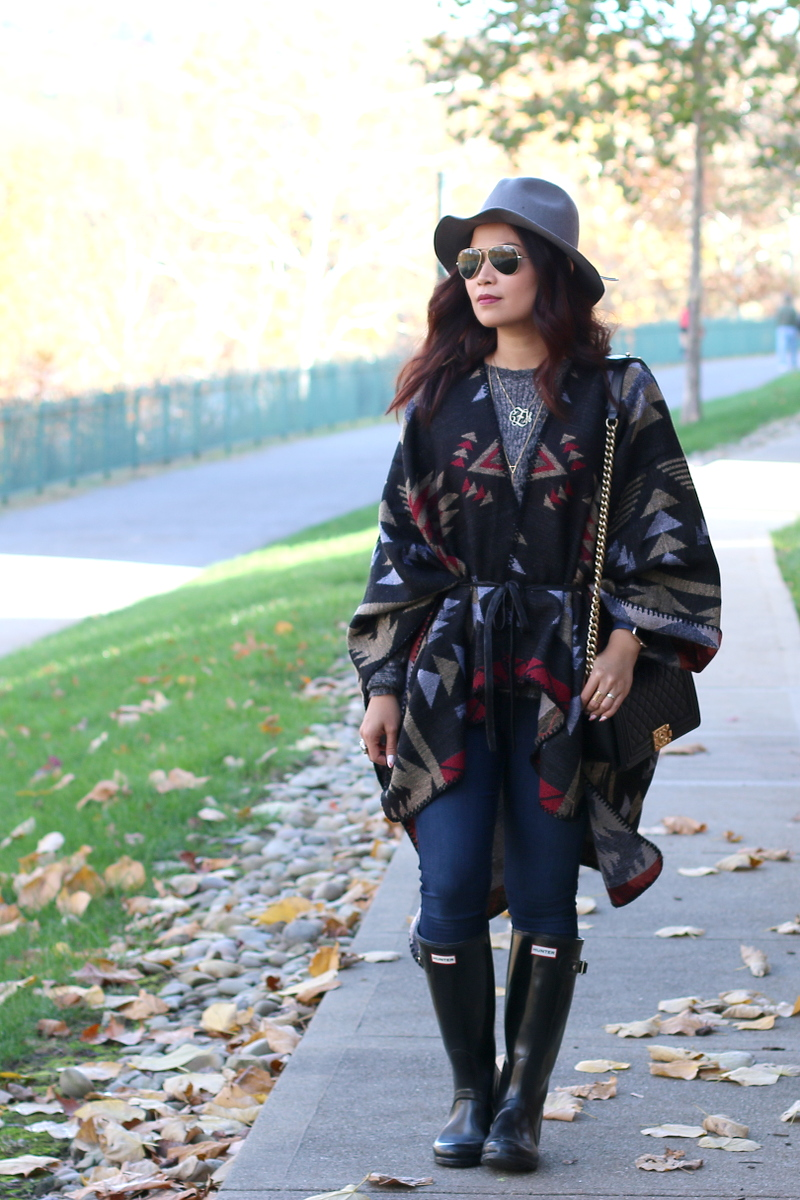 Fall-outfit-poncho-belted-5