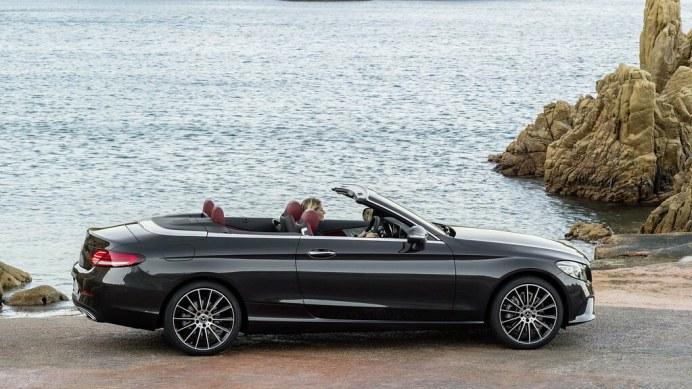 Mercedes-C-Class-Coupe-Cabrio-61