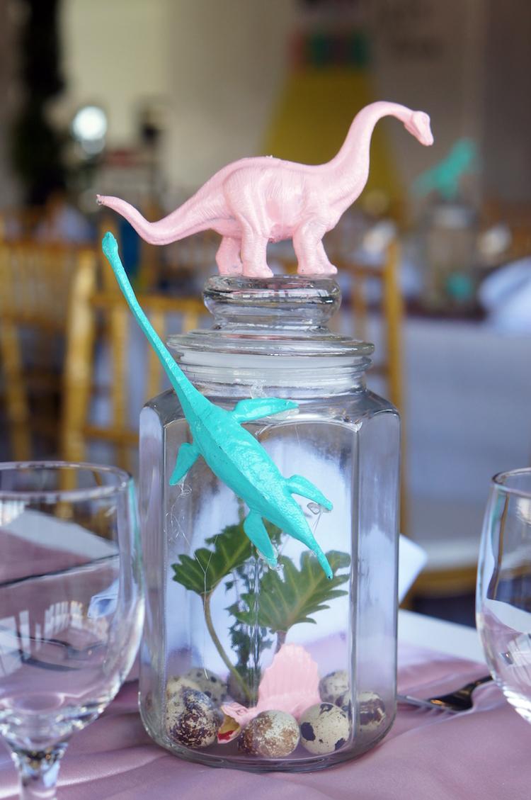 1 Homemade Parties DIY Party_Dinosaur Party_Emma05