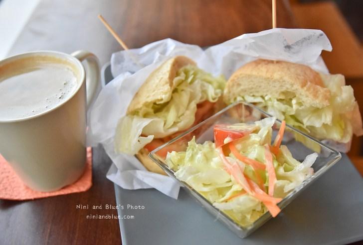 41160765791 3e67d8306a b - 瑪利MAMA 麵包,台中愛心庇護商店,除了麵包和輕食,還有超大杯咖啡