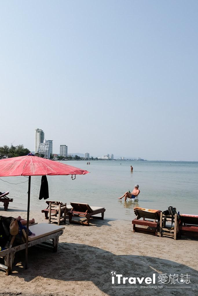 华欣景点推荐 筷子山海滩Khao Takiab beach (2)