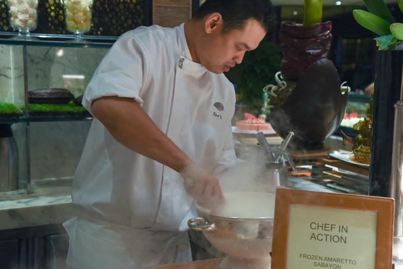melt cafe sunday brunch mandarin oriental singapore