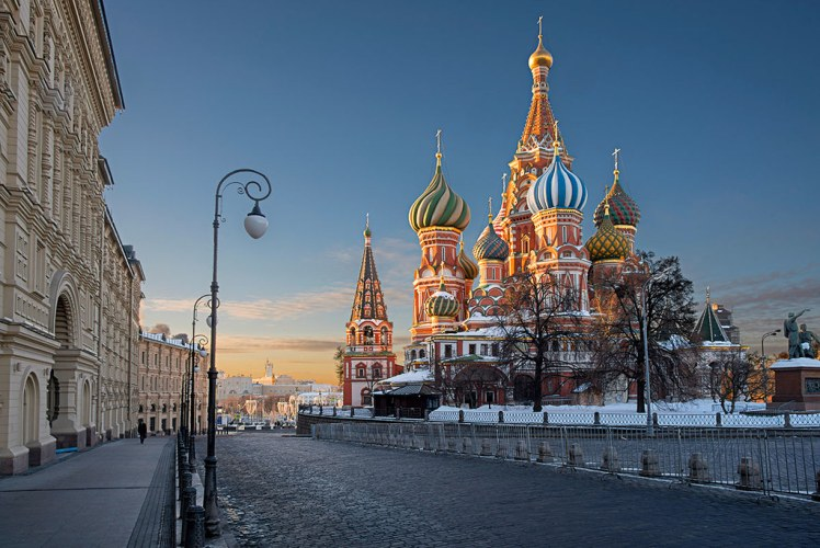 saint basil's cathedral from req square at sunrise