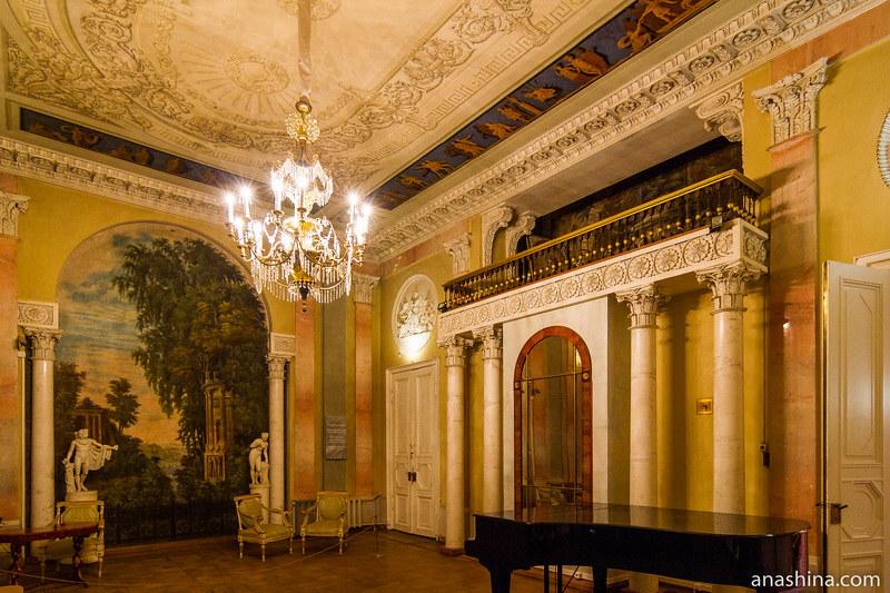 Танцевальный зал, усадьба Золотарева, Калуга