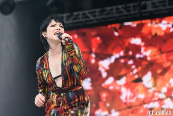 05-Carly-Rae-Jepson-10