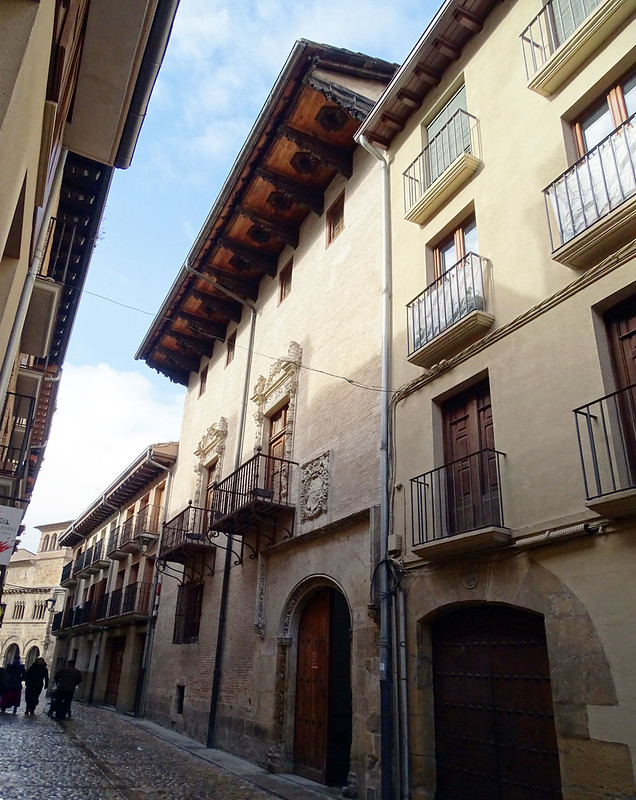 Casa Cultura exterior Casa de Fray Diego de Estella calle de la Rúa Estella Navarra 01