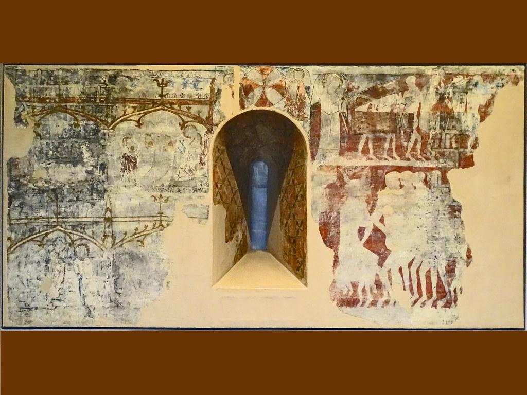 Pintura gotica mural Santos del maestro de Olleta de la Iglesia de Olleta Museo de Navarra Pamplona