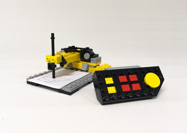 LEGO Technic 8094Control Center microscale