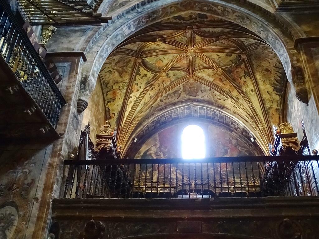 Coro interior Iglesia de Santa Maria de villa de los Arcos Navarra 01