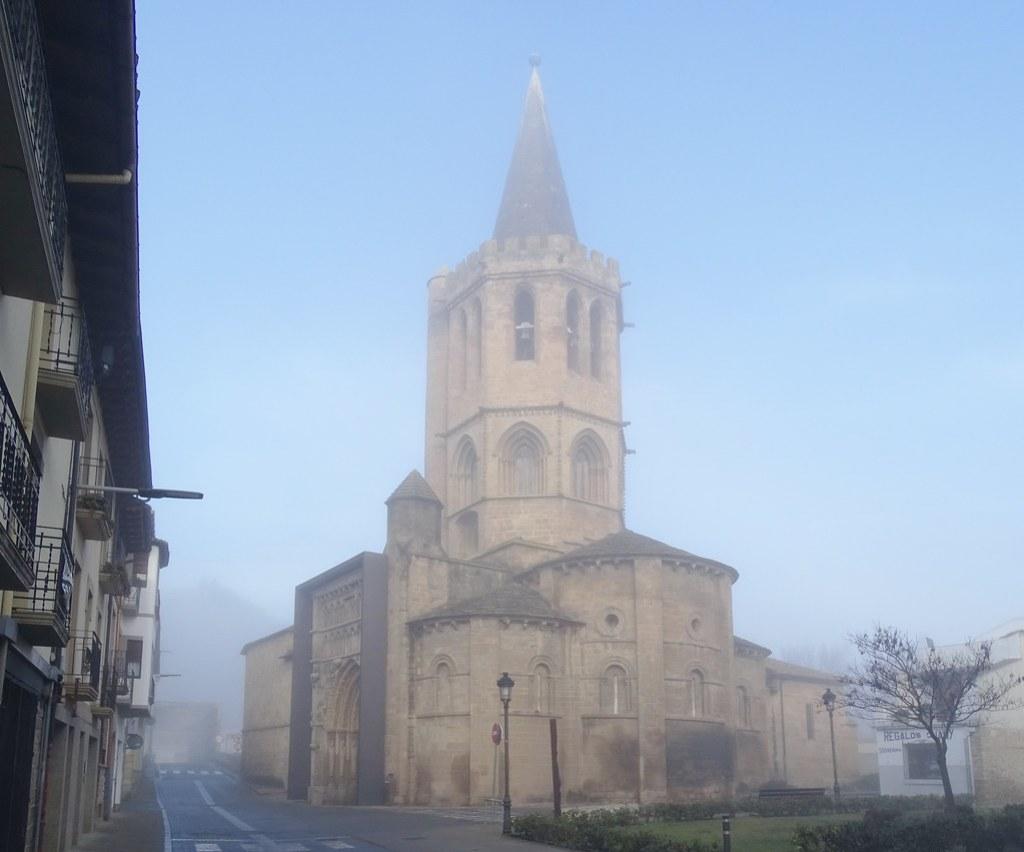 Sangüesa vista exterior Iglesia de Santa Maria La Real Navarra 01