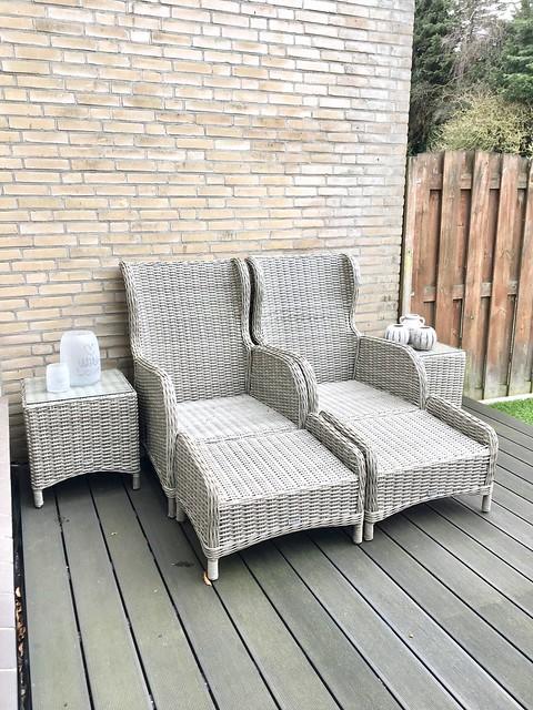 Kunststof ligstoelen achtertuin