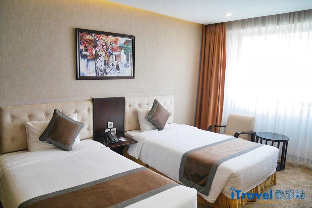孟清河內中心酒店 (1)