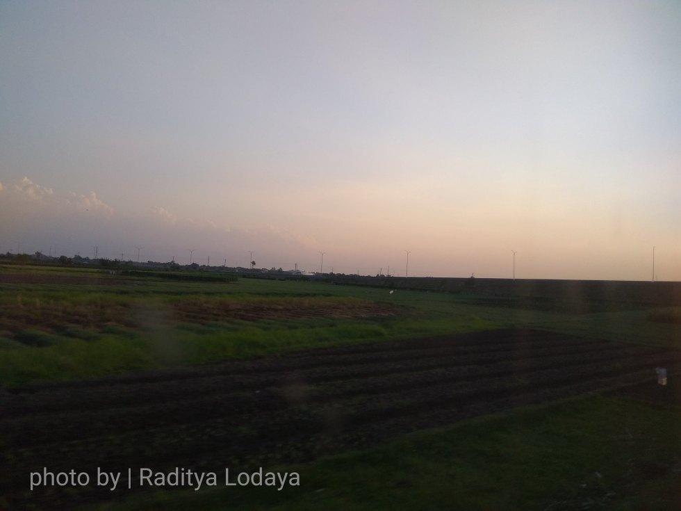 07 TRIP REPORT KERETA API JAYABAYA 2 (CIREBON TEGAL) - TOL BREBES INGET BREXIT 2016